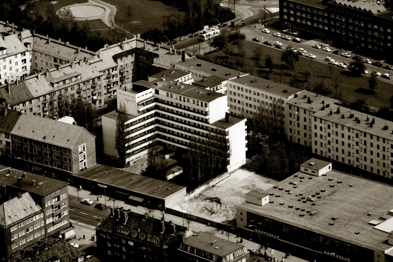 Schwalbenplatz Laubenganghaus